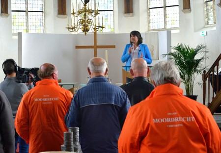 De Koningsdagexpositie 2016 werd geopend door voorzitter Marijke Edel van de Historische Vereniging Moordrecht.
