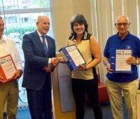 Petitie Snelle Sluis - overhandiging wethouder Jan Hordijk - gemeente Zuidplas1A