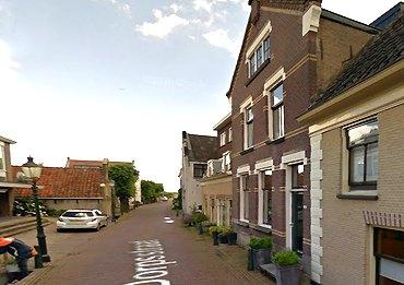 Historische Vereniging Moordrecht: pastorie van de Gereformeerde Kerk aan de Dorpsstraat.