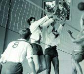 Moordrechtse Volleybalclub MVC in de jaren '60.